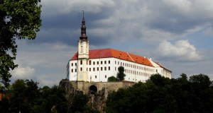 Город Дечин в Чешской Швейцарии