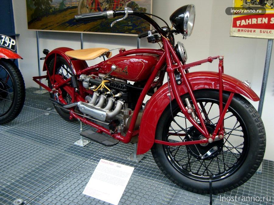 Мотоцикл Indian Four