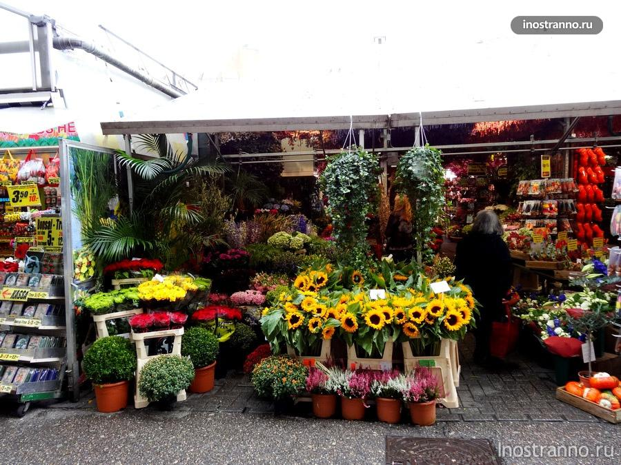 плавучий цветочный рынок в Голландии