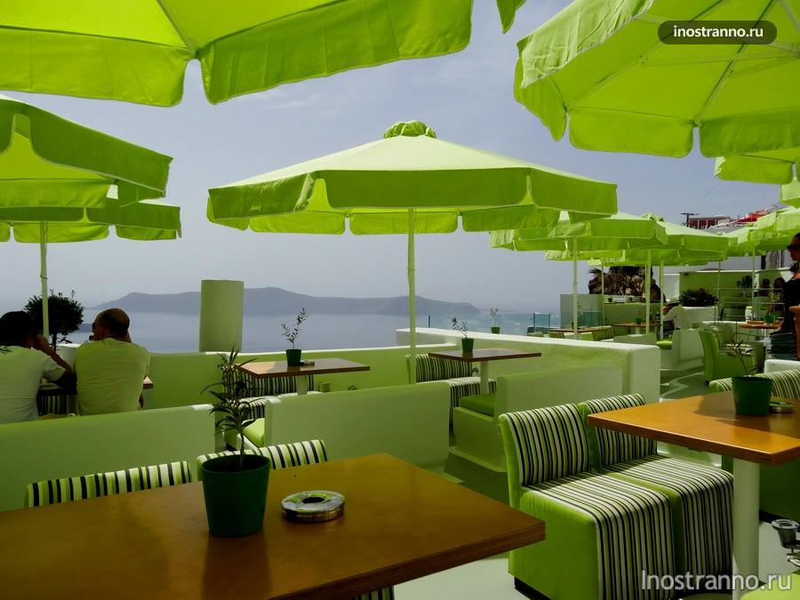 ресторан на Санторини в городе Фира