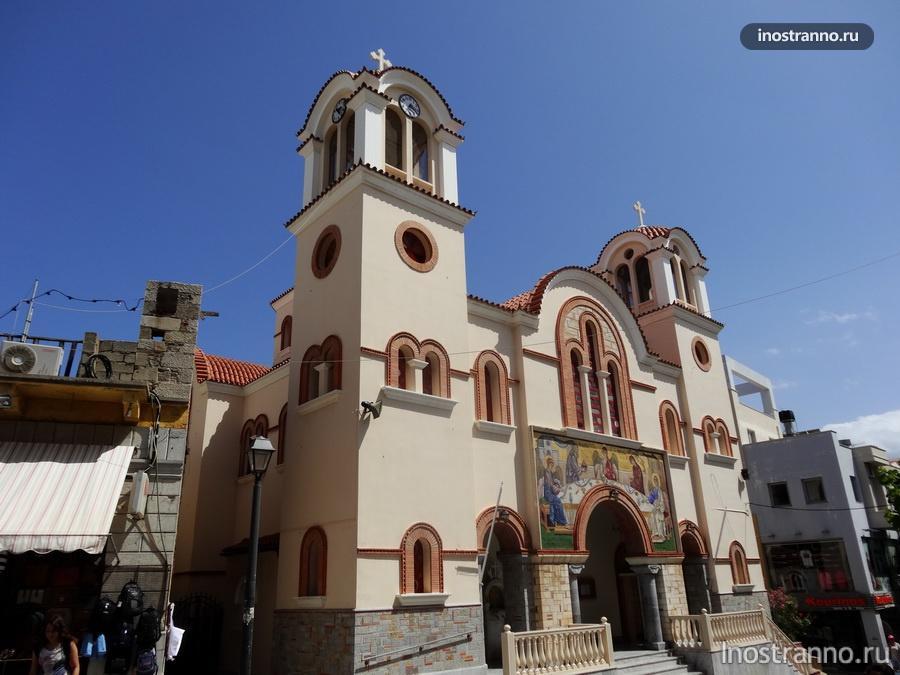 церковь в городке Айос-Николаос