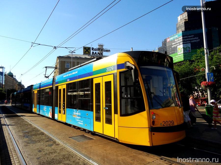 трамвай Combino Supra - Siemens