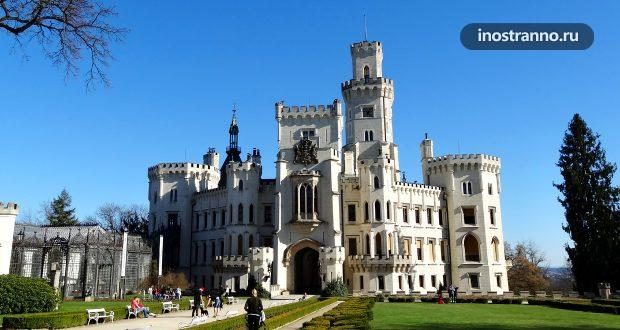 Замок Глубока-над-Влтавой на Юге Чехии