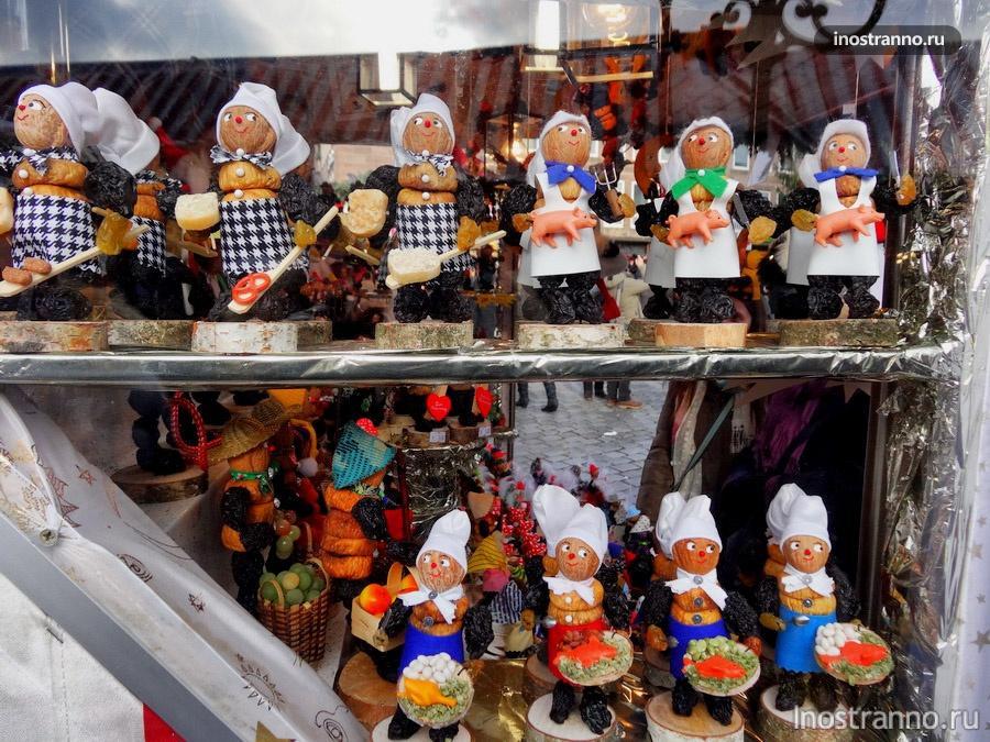 сувениры на рождественском рынке