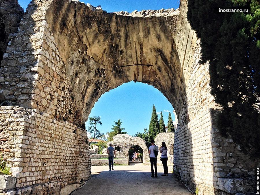 римские развалины симие ницца