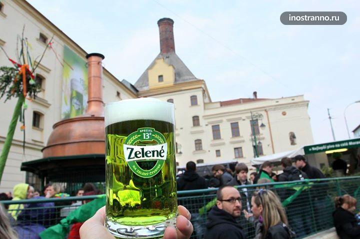 Чешское зеленое пиво в Праге