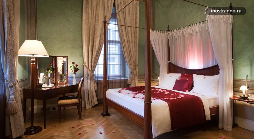 Отель в Праге Pachtuv Palace