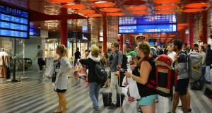 Беженцы в Европе, репортаж с вокзала Праги