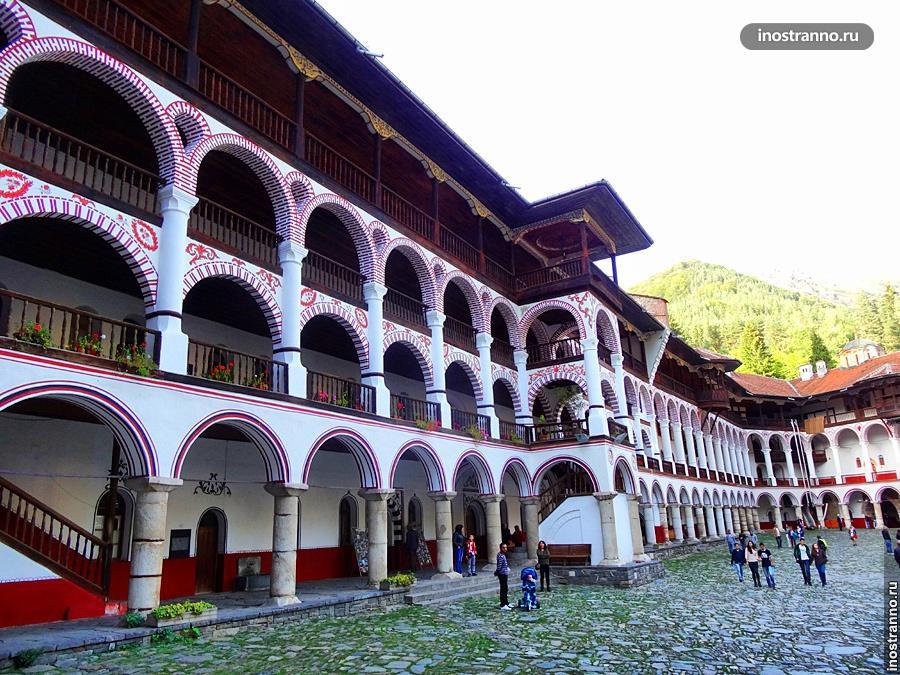 Болгарский Рильский монастырь