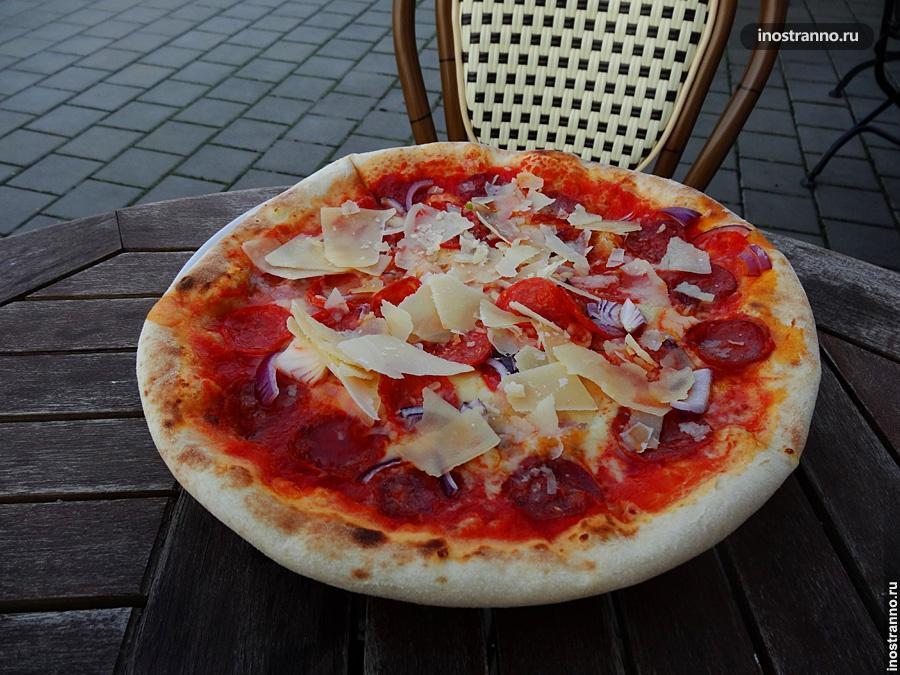 Итальянская пицца в Праге