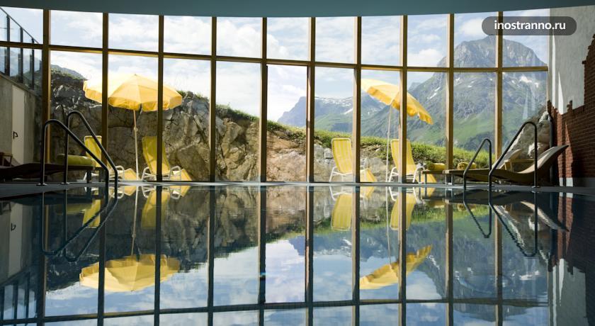 Отель в городе Лех, Австрия Hotel Goldener Berg