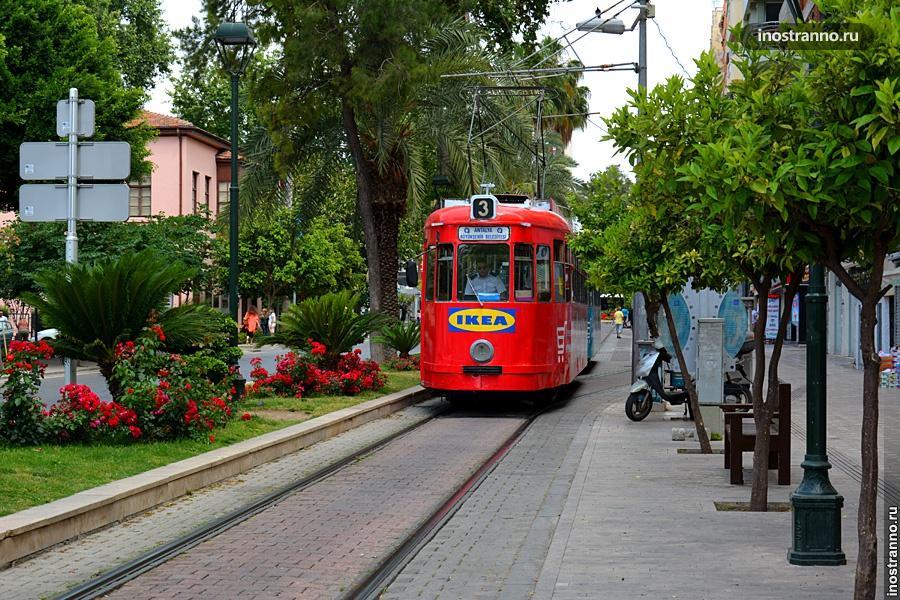 Ностальгический трамвай Антальи