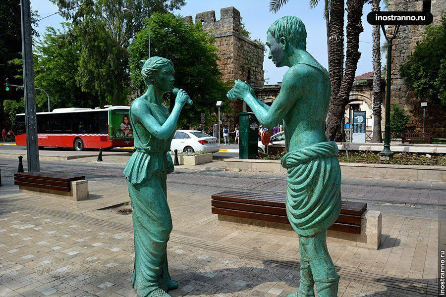Анталия зеленые скульптуры