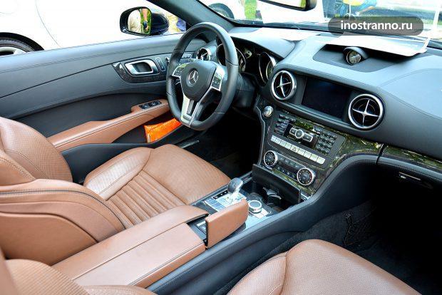 Mercedes SL интерьер салона