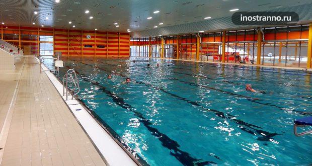 Отели в Праге с бассейном