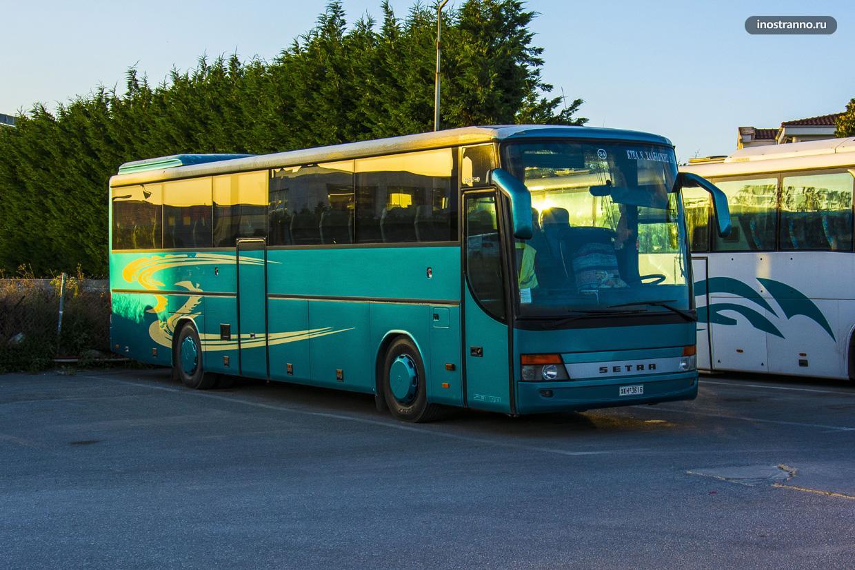 Автобус на Крите