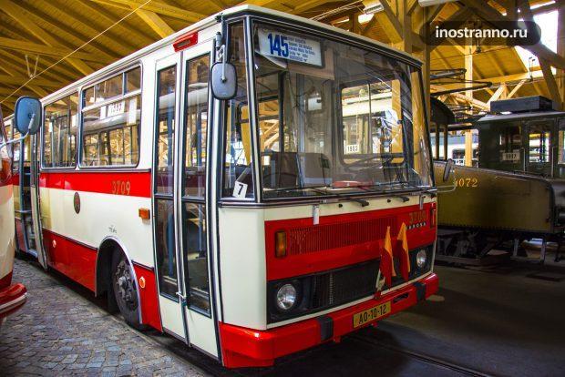 Автобус Karosa B 741