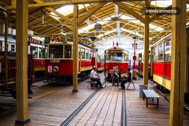 Концерт в музее транспорта Праги