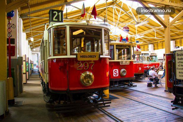 Чешский ретро трамвай 1909 года