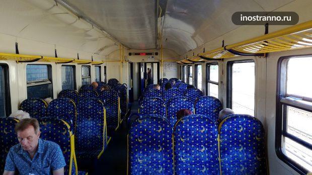 Поезд электричка в Риге, Латвия