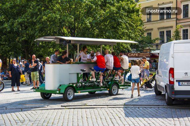 Пивной велосипед в Праге