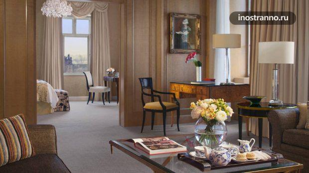 Отель в Праге Four Seasons Hotel