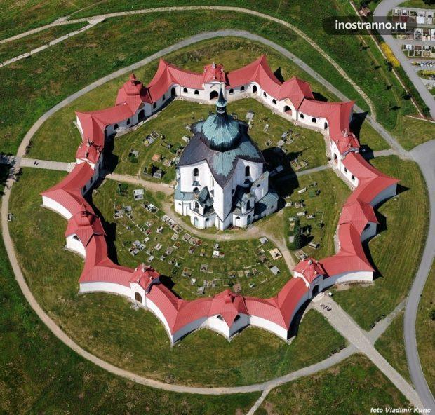Церковь Святого Иоанна Непомука в Чехии