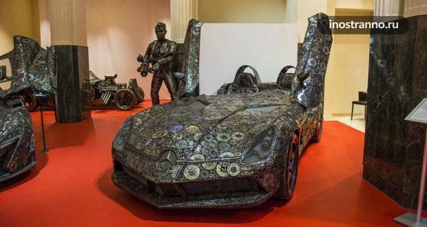 Необычная выставка в Праге – стальные фигуры