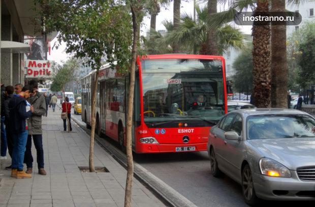 Автобус в Измире