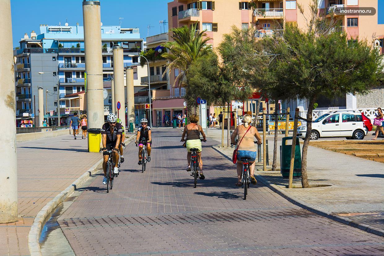 Велосипедная дорожка в Испании