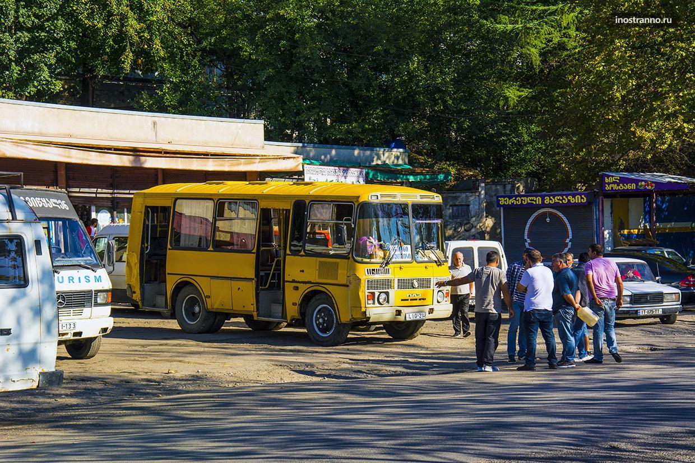 Междугородний автобус в Грузии