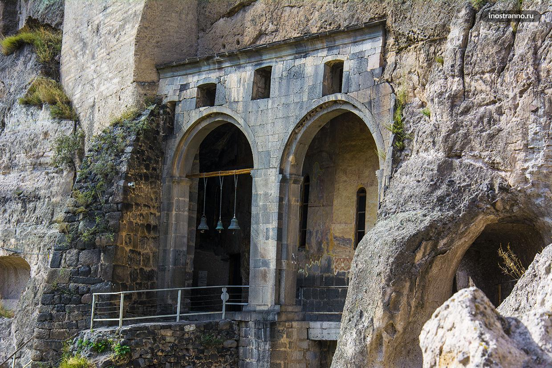 Пещерный монастырь Вардзия