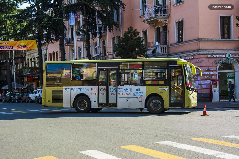 Автобус в Батуми
