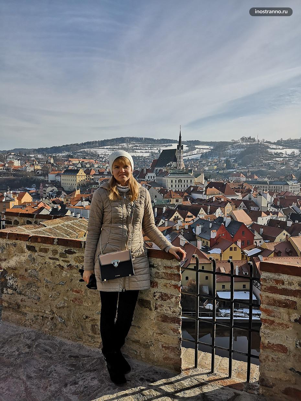 Турист в Чешском Крумлове