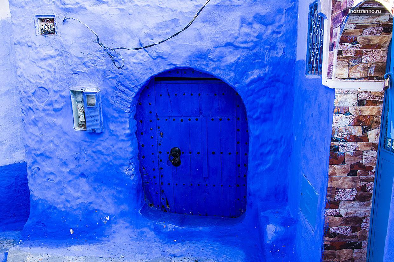 Шефшауэн красивые двери в Марокко