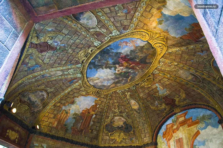Фрески в Вртбовском саду в Праге
