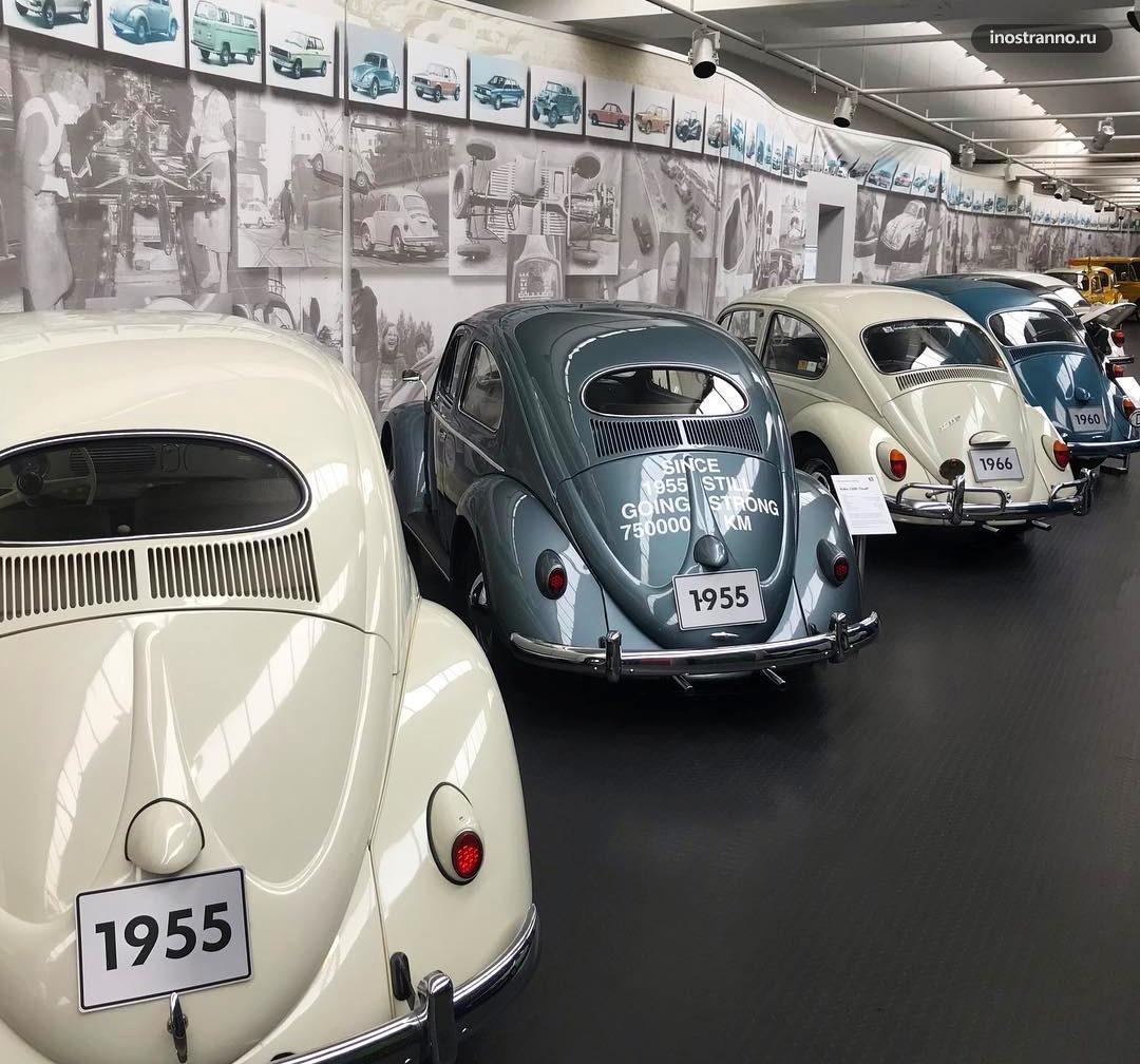 Фольксваген музей Вольфсбург
