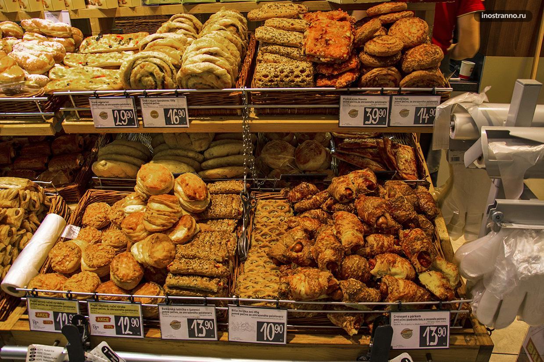 Свежеиспеченный хлеб в Праге