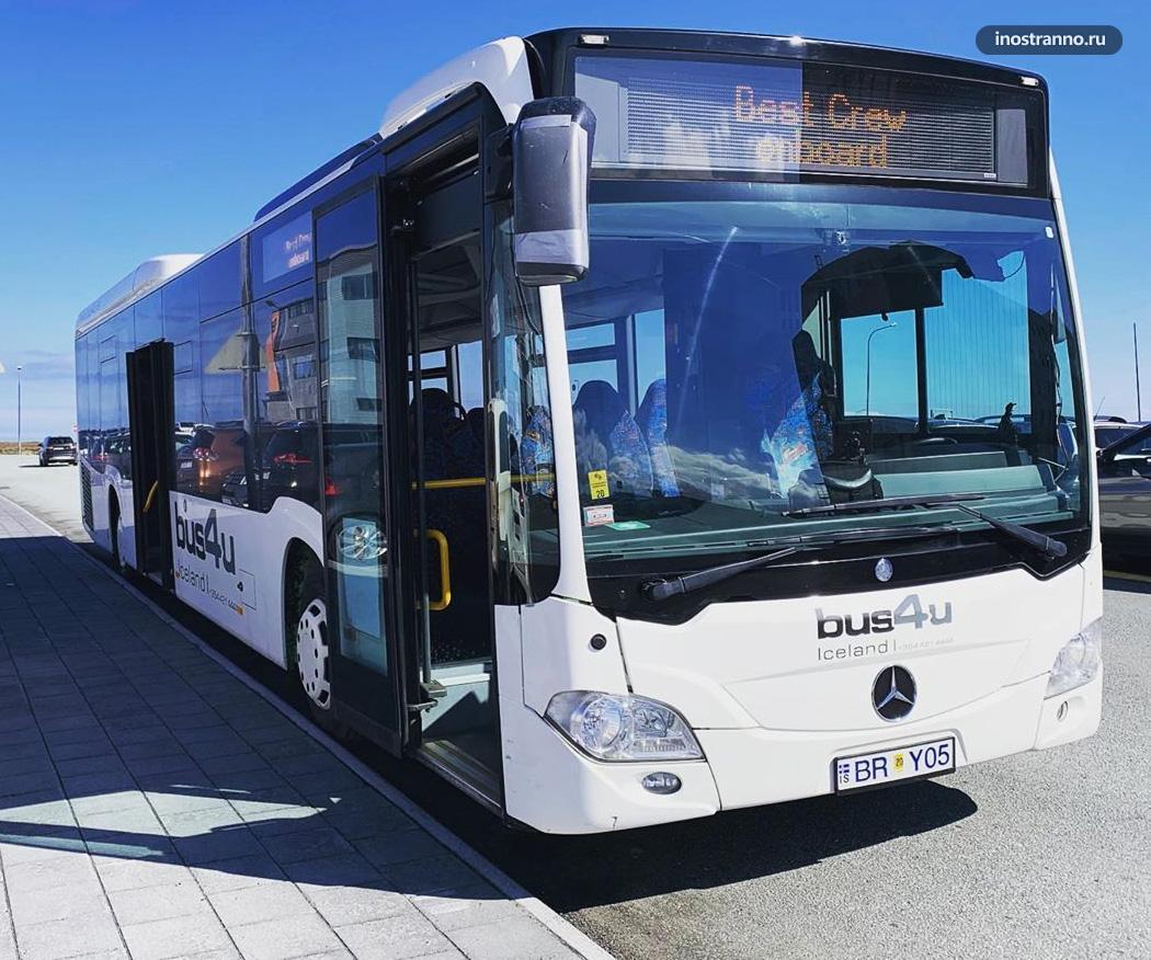 Автобус в Исландии в Рейкьявике