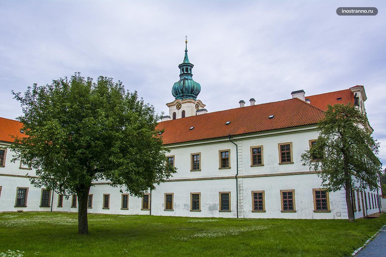 Бржевновский монастырь в Праге