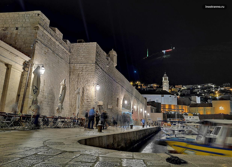 Ночь в Дубровнике