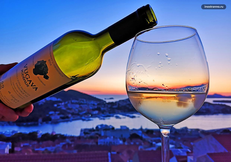 Хорошее хорватское вино из Далмации Vugava