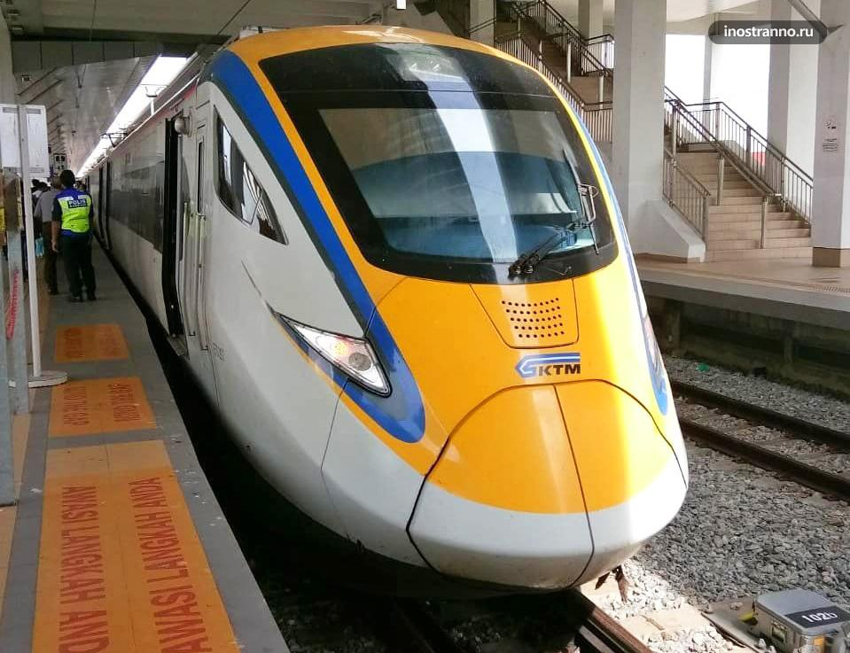 Поезд в Малайзии