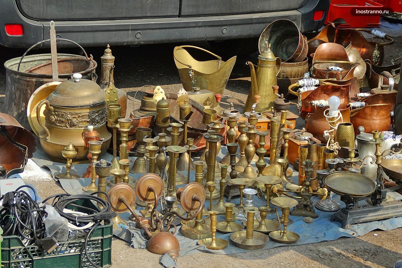 Блошиный рынок Эскери в Будапеште