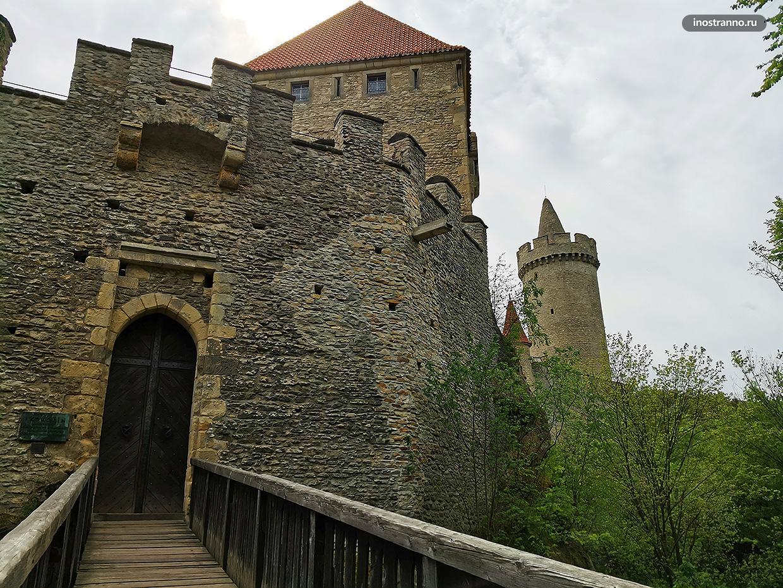 Средневековый чешский замок Кокоржин
