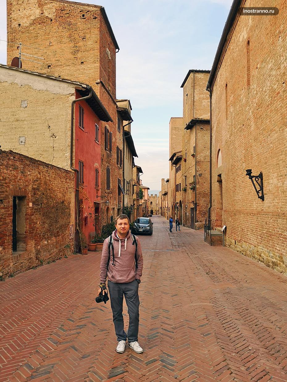 Средневековый тосканский городок Чертальдо