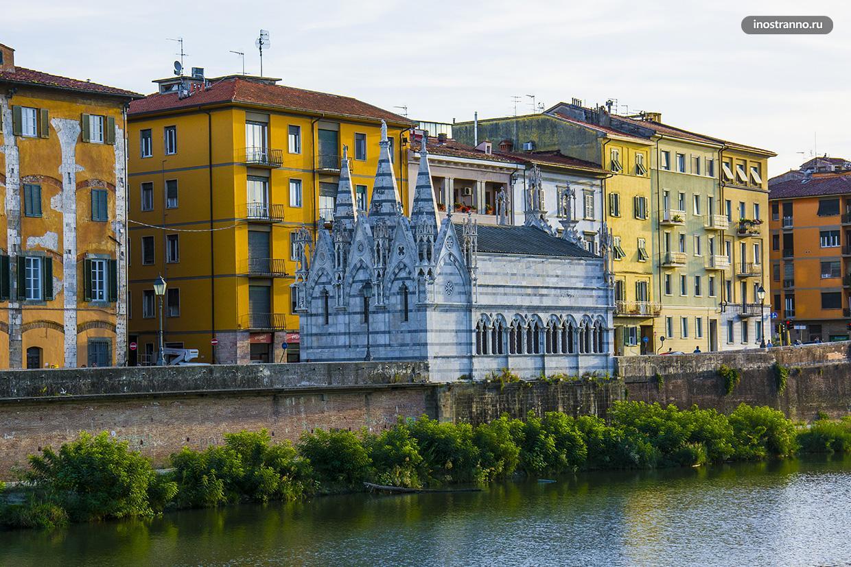 Церковь Санта-Мария делла Спина в Пизе необычная достопримечательность