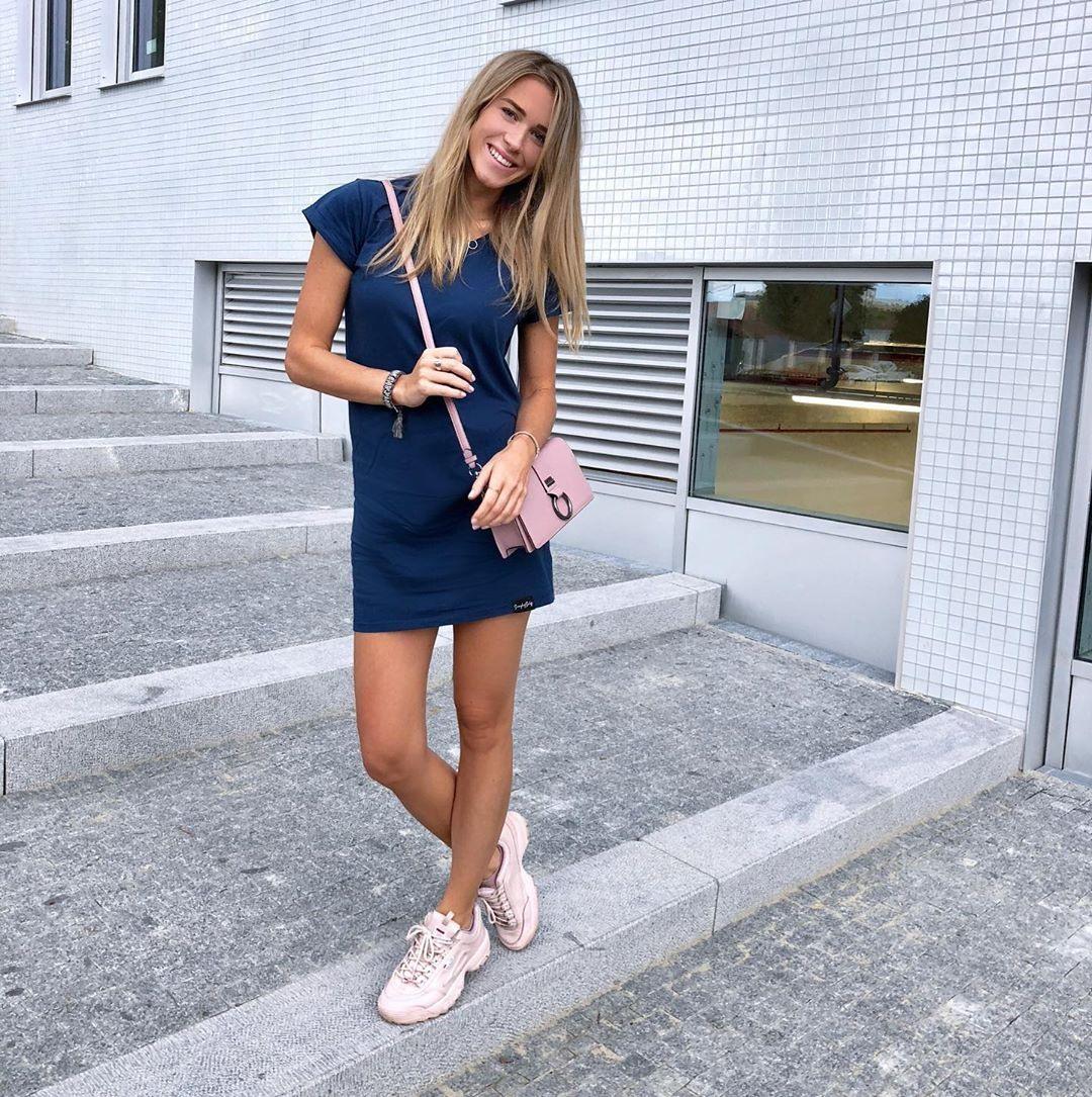 Чешка блондинка Veronika Koprivova бывшая девушка Ягра