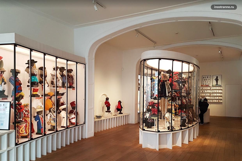 Королевский музей костюмов Писающего мальчика