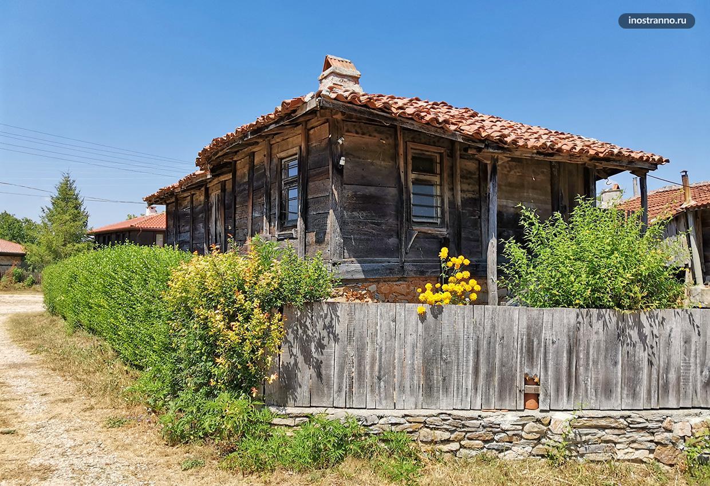 Деревянные постройки в Болгарии
